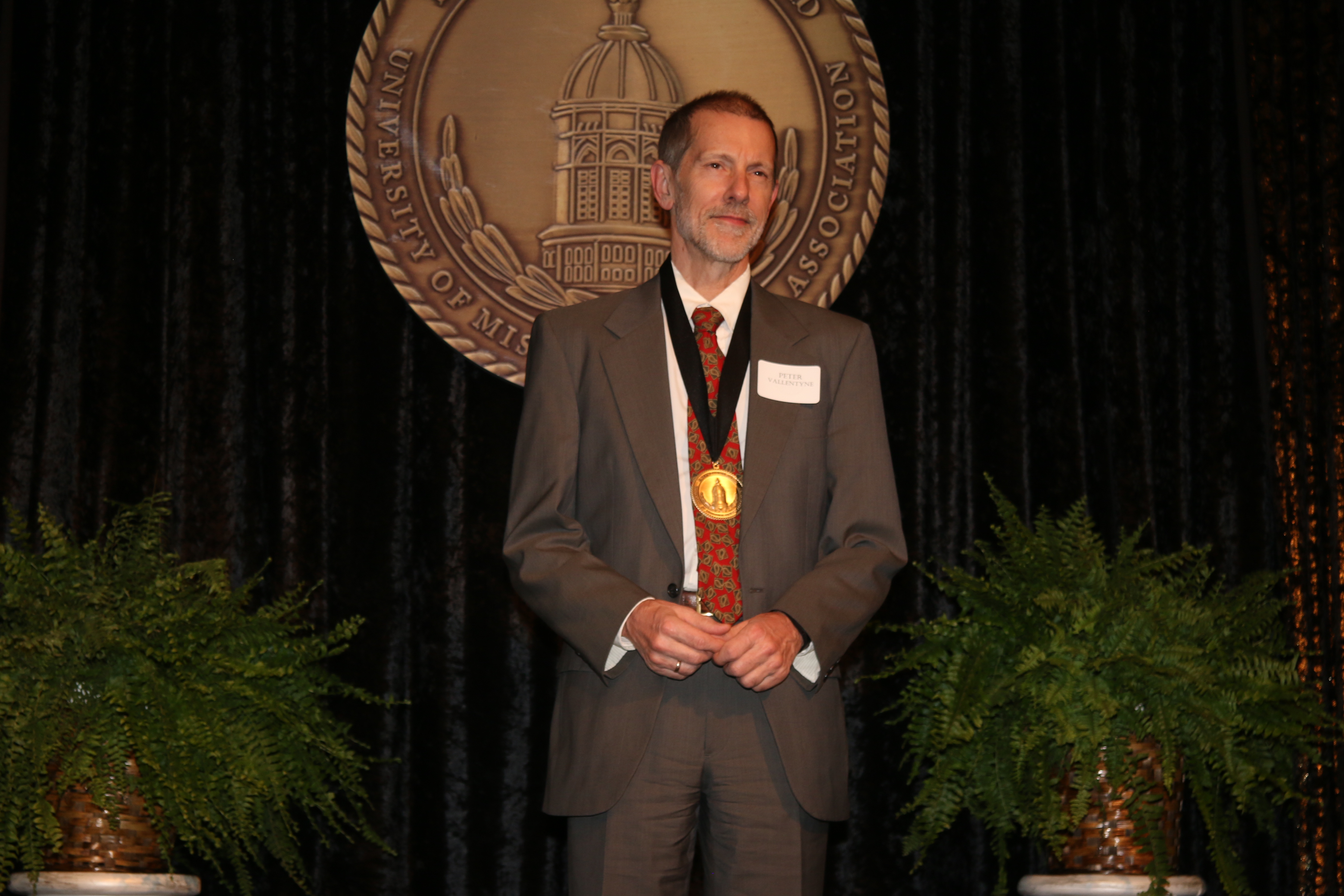 Dr. Peter Vallentyne at the Faculty-Alumni Awards